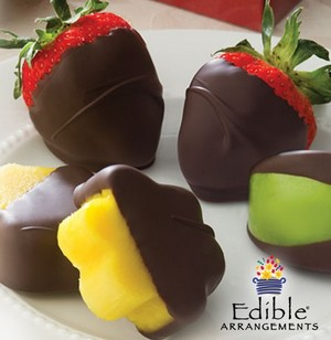 Post image for Edible Arrangements: 1 Dozen Dipped Fruits $12 (Usually $29)