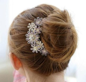Post image for Flowers Crystal Hair Clips $4.58 Shipped