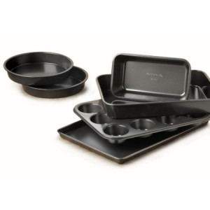 Post image for Amazon: Simply Calphalon Nonstick 6-Piece Bakeware Set $29.95