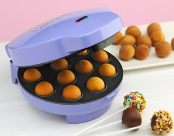 Post image for Amazon-Cake Pop Maker Just $16.49
