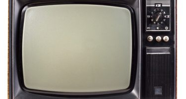 """Black Friday 2013- Television Price Comparisons 32"""" and Under"""