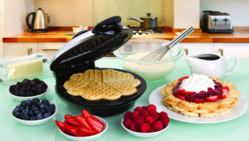 Post image for Amazon-Euro Cuisine Heart Shaped Waffle Maker $32.98