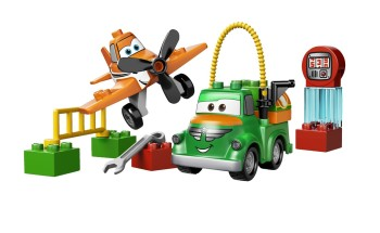 Post image for Amazon-LEGO Disney Planes Dusty and Chug $9.85