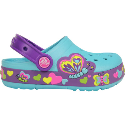 crocs lights girl