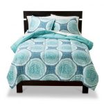Room Essentials® Medallion Doodle Reversible Comforter - Turquoise