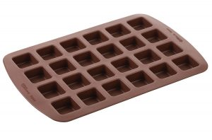 wilton brownie pan1