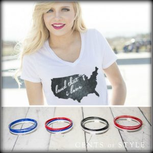 land that I love t shirt and bracelets