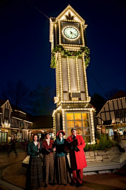 Busch Gardens Williamsburg Annual Pass Holders: Christmas Town Fun Card News