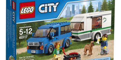 lego-city-van-and-caravan
