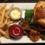 ruby tuesday cheeseburger