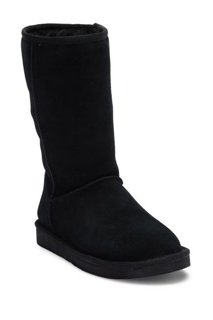 e440e14f750 Nordstrom Rack  Up to 62% Off Women s Footwear at the UGG Flash Event